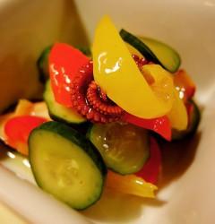 タコと彩り野菜のマリネ