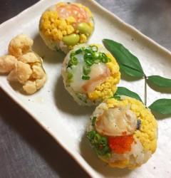 桃の節句!三色手まり寿司