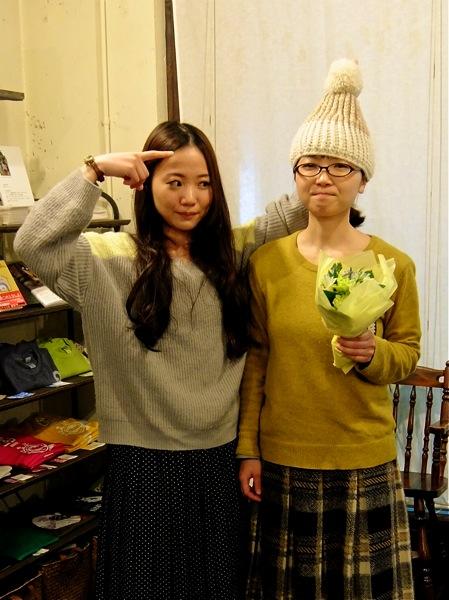 コジコは個人的にお花を買ってきてくれました。
