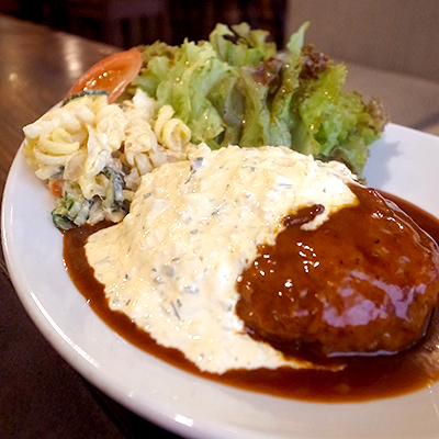 ハンバーグ・タルタルソース定食